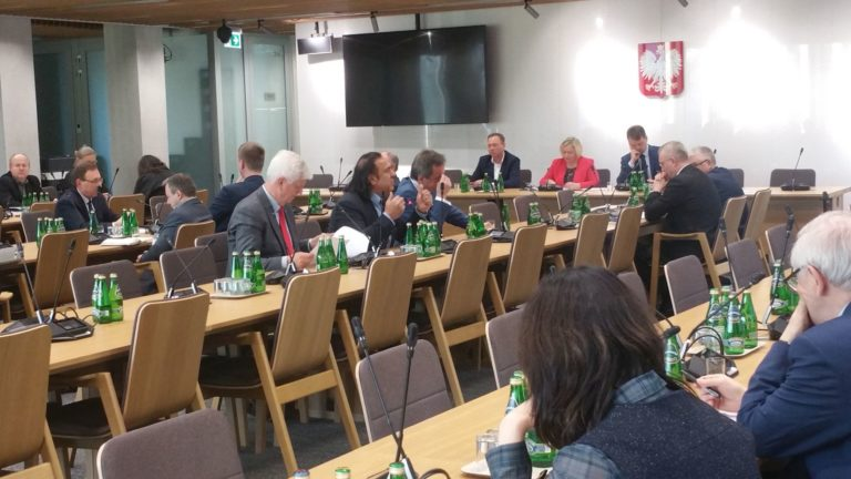 Komisja MNE - informacja MSWiA o priorytetach polityki wobec mniejszości