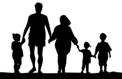 Rodziny zastępcze – procedury muszą służyć dobru dzieci